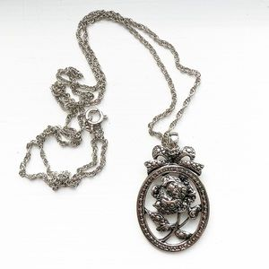 Vintage silver textured rose pendant necklace